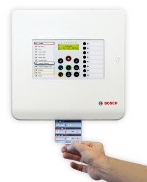 Új FPC 500-as sorozatú hagyományos tűzjelző központ (Forrás: Bosch Security)