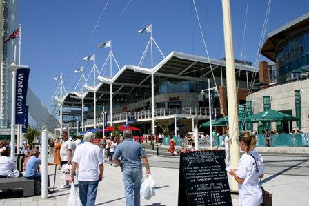 Az év partnerségi programja az Ifsecen, Gunwharf Quays (Kép: hampshire.police.uk)
