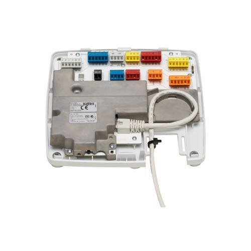 IP-alapú beléptetőrendszer: Axis A1001 hálózati ajtóvezérlő