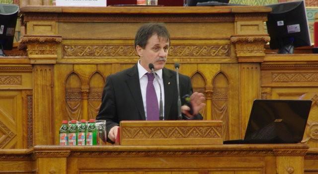 Német Ferenc a Magyar Szakmai Kamarák Szövetsége konferenciáján