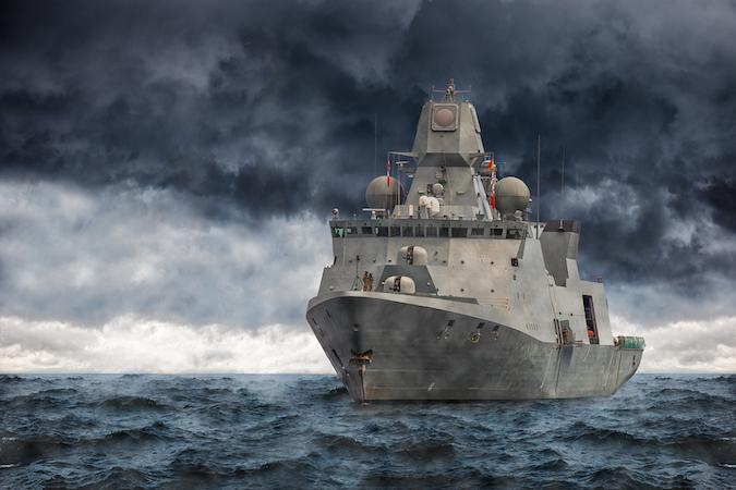 Laptop és Góliát...Cyber attack félelem a hadihajók világában Forrás: http://www.securityweek.com/us-warship-collisions-raise-cyberattack-fears
