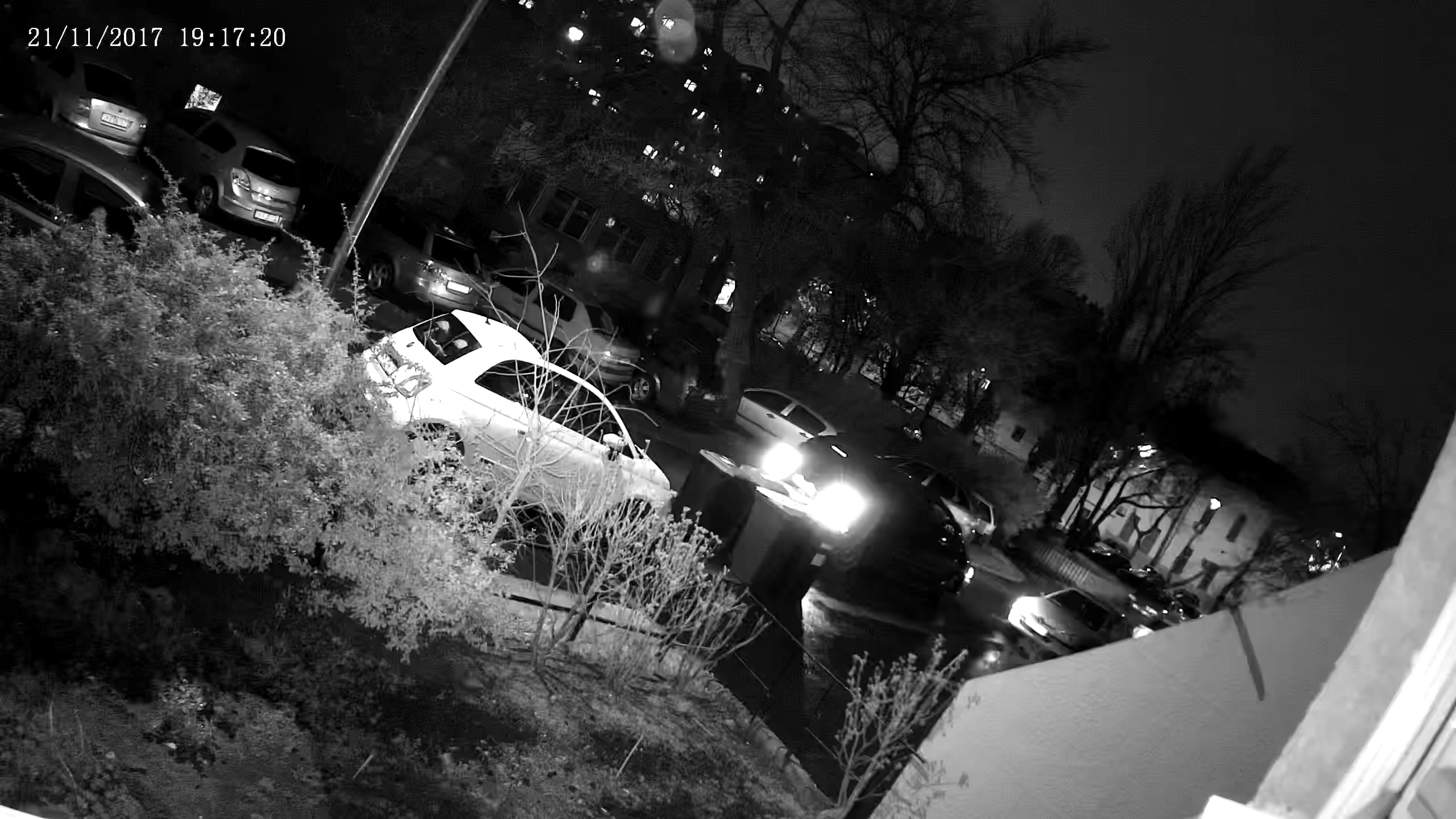 Videosec IPD-3634-28Z Este kint, fekete-fehér