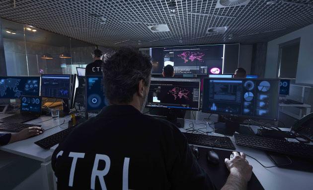 A központnak saját biztonsági zónát alakítottak ki: eszközei, alkalmazásai, hálózatai szeparáltak és függetlenek a T-Systems informatikai infrastruktúrájátólForrás: bitpont.hu