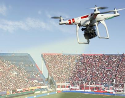 Super Bowl berepülő drónok nélkül!