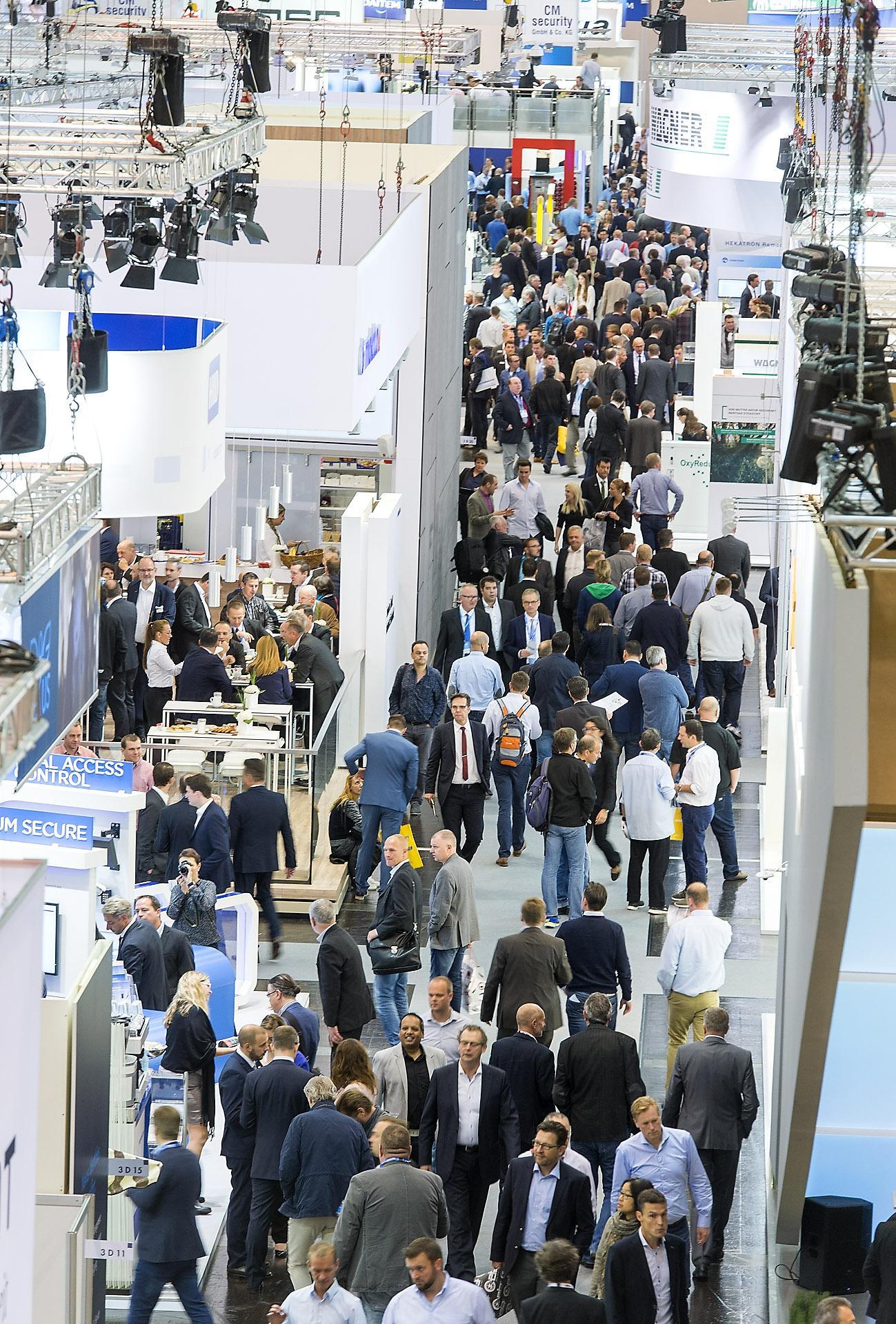 Security Essen 2016. Kirobbanó siker a legnagyobb európai biztonságtechnikai kiállítás, avagy… I. rész.Forrás: Ollári Viktor