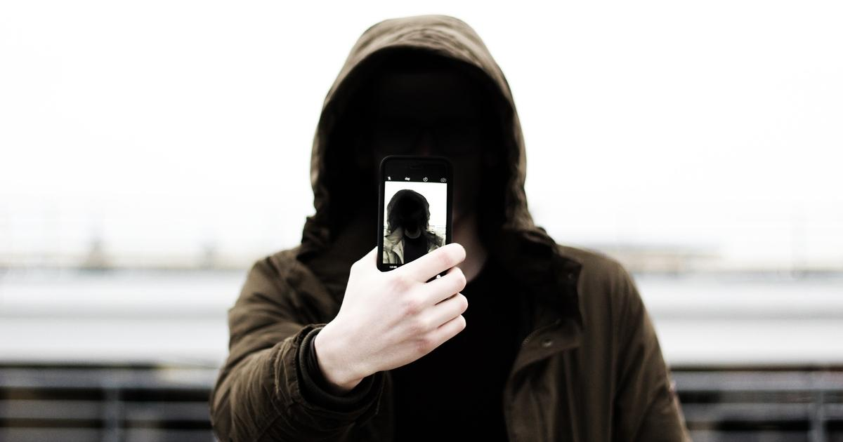 Vedd elő a jobbik arcod bankkártyás vásárláshoz! Forrás: http://www.freep.com/story/money/business/2016/11/04/mastercard-selfies-prove-cardholder-identity/92791812/