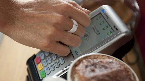 """Akár """"okosgyűrűvel"""" is fizethetünk a jövőben ? – Szakértőnk véleménye. Forrás: Computerworld"""