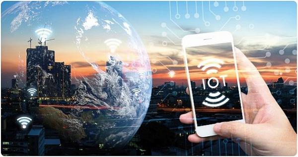 Totális káosz az interneten biztonsági kockázatokkal - egységesíteni kellene az IoT-t megvalósító technológiákat ? Forrás: http://computerworld.hu/computerworld/totalis-kaosz-az-interneten.html