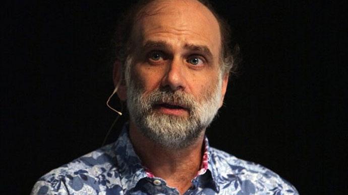 Bruce Schneir
