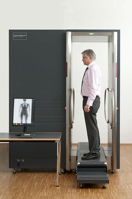 Smiths Detection testszkenner alacsony téves riasztási arányával minimalizálja a kontaktusok számát