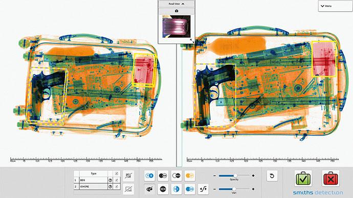 Komputertomográfiás csúcsröntgennel készült felvétel, amelyet vizsgálat közben a kezelőszemélyzet 3D-ben el tud forgatni.  Forrás: Smith Detektion